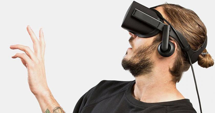 guy wearing VR glasses