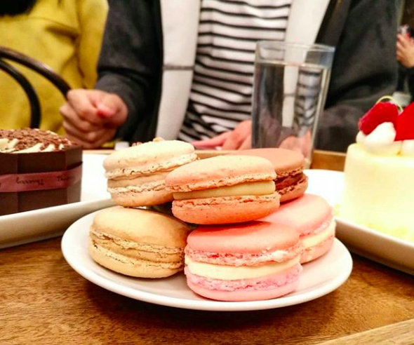 macarons from Thierry
