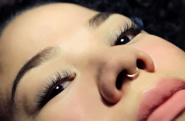ombre colored lash extensions